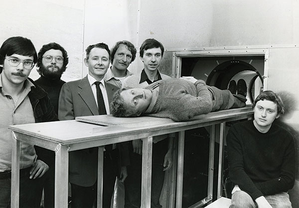 The team behind some of the first whole-body MRI scans (Copyright: Sir Peter Mansfield).