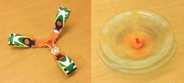 Kinder egg toy spinning